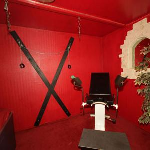 sexkino in offenbach kink upper floor